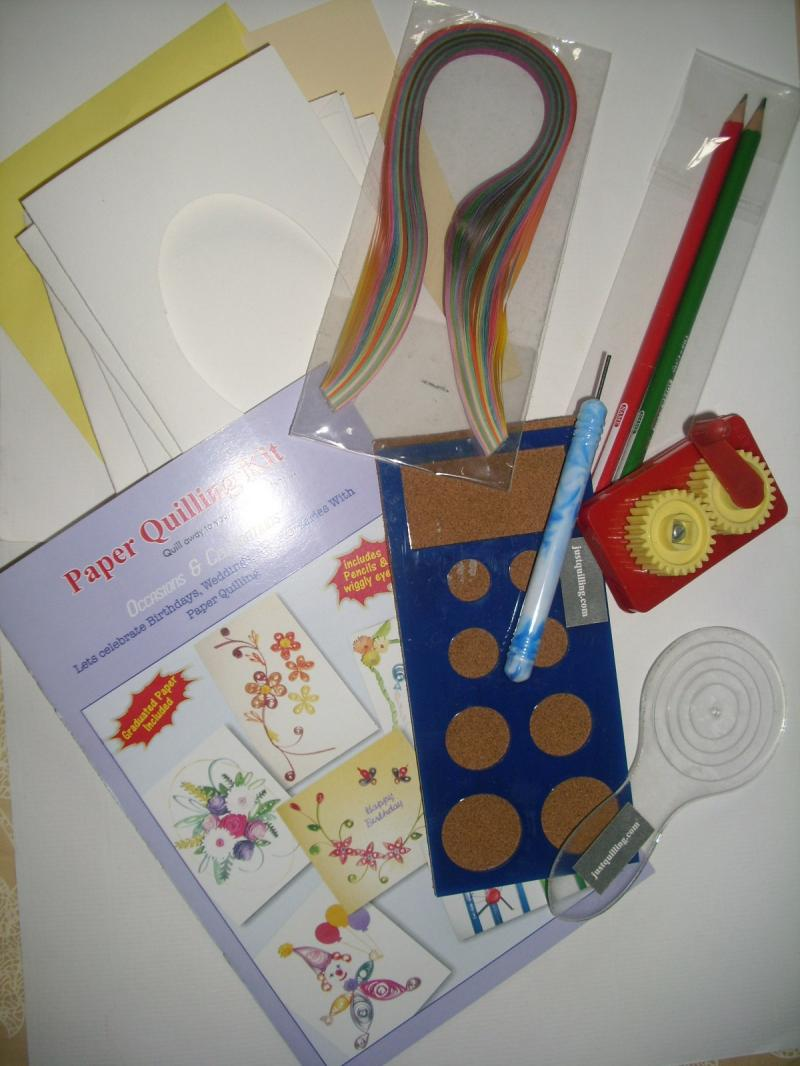 PAPER QUILLING KIT, QUILLING COACH,SLOTTED TOOL, CRIMPER & MINI QULLING BOARD